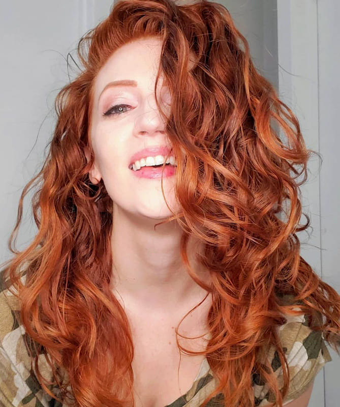 Red long curly hairstyles with big curls