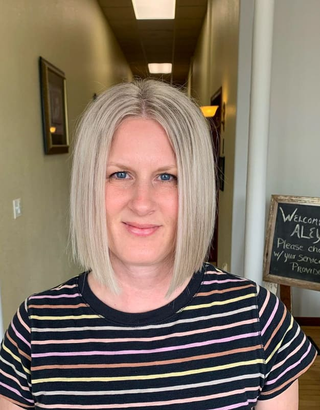 Short blonde bob hairstyles for thin hair