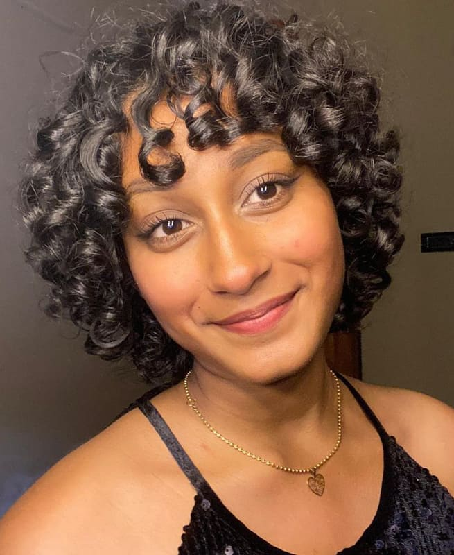 Short curly hairstyles with bangs for women