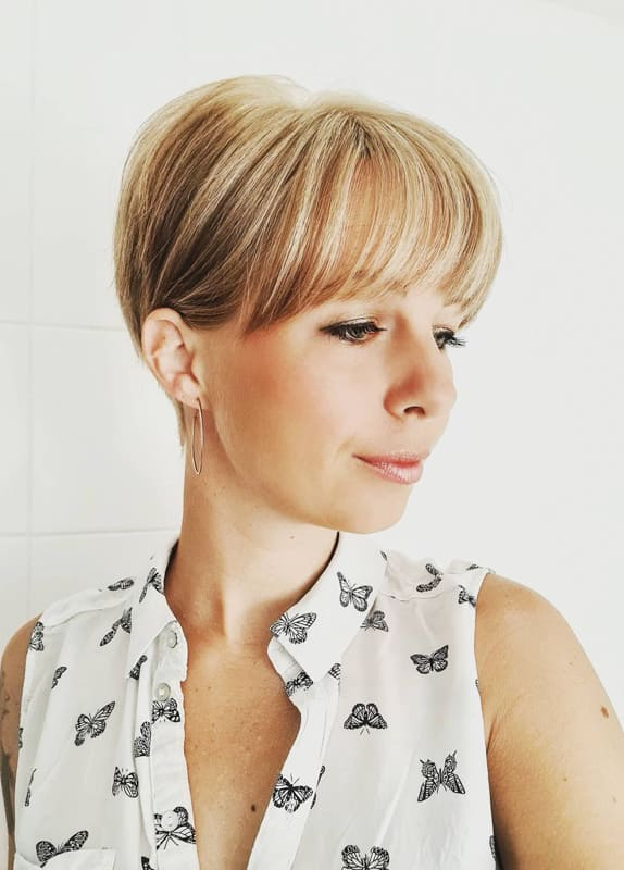 Short pixie hair with bangs