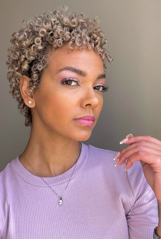 blonde ombre short curly hairstyles for black women