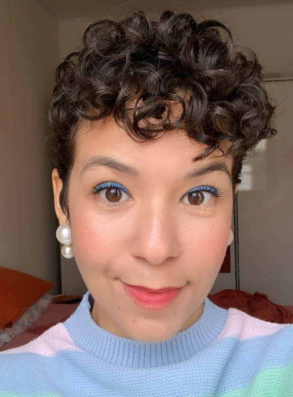short curly pixie hairstyles for women