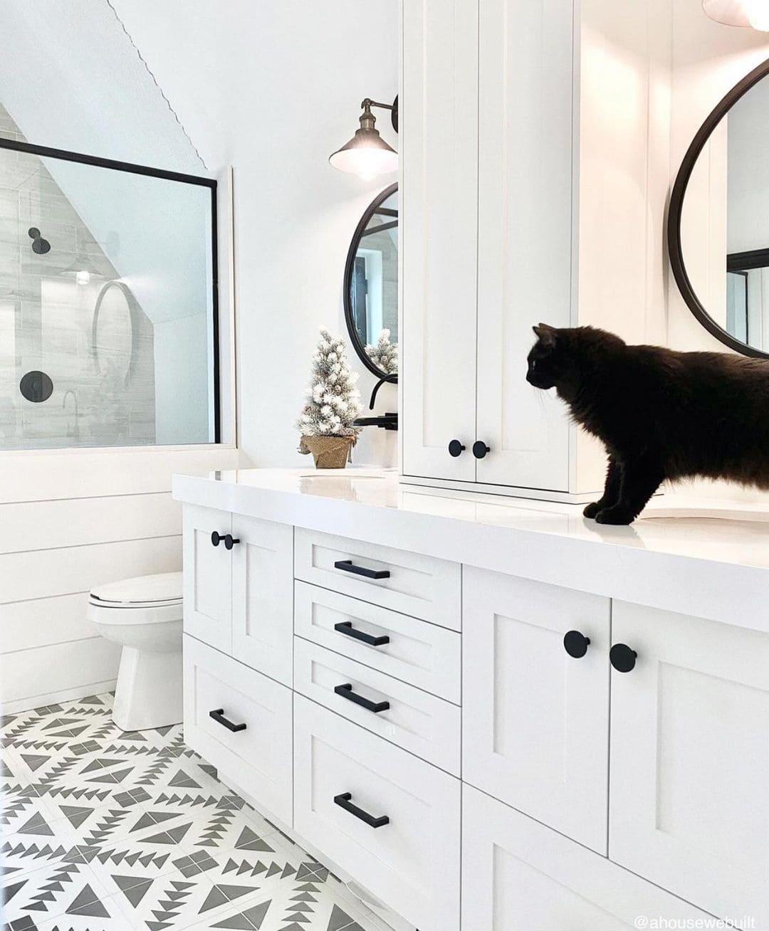 white bathroom furniture (2)