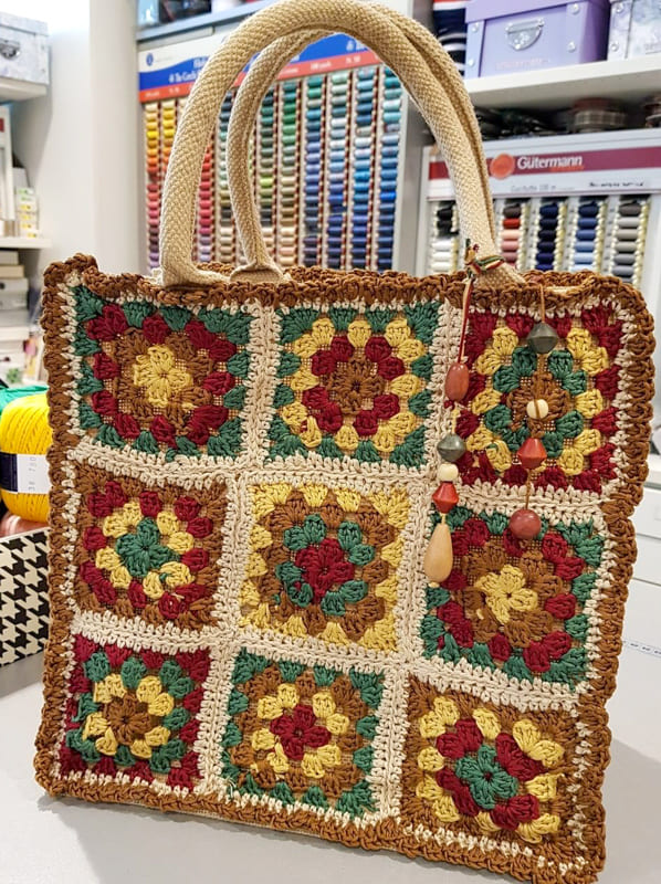 awesome hippie granny square crochet bag