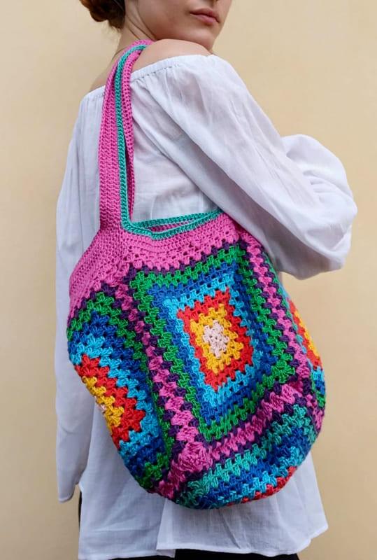 pig pieces granny square crochet bag