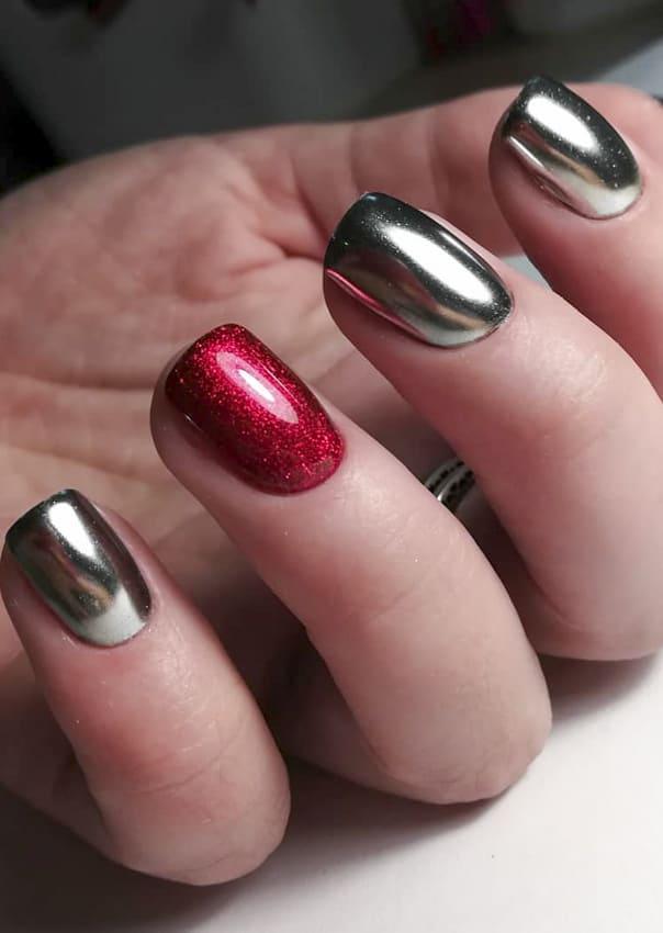 Short chrome metallic nails