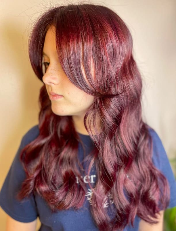 Medium wavy burgundy hair