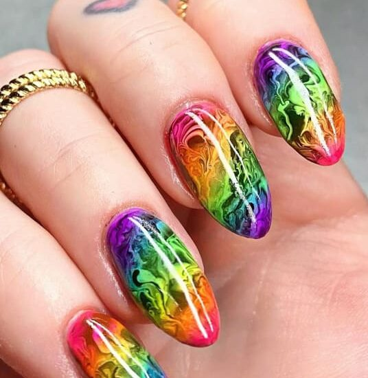 25 Best Almond Nails Shapes and Color Ideas 2022 (1)