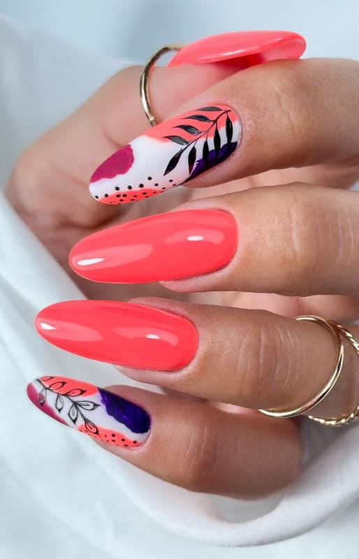 25 Best Almond Nails Shapes and Color Ideas 2022 (4)