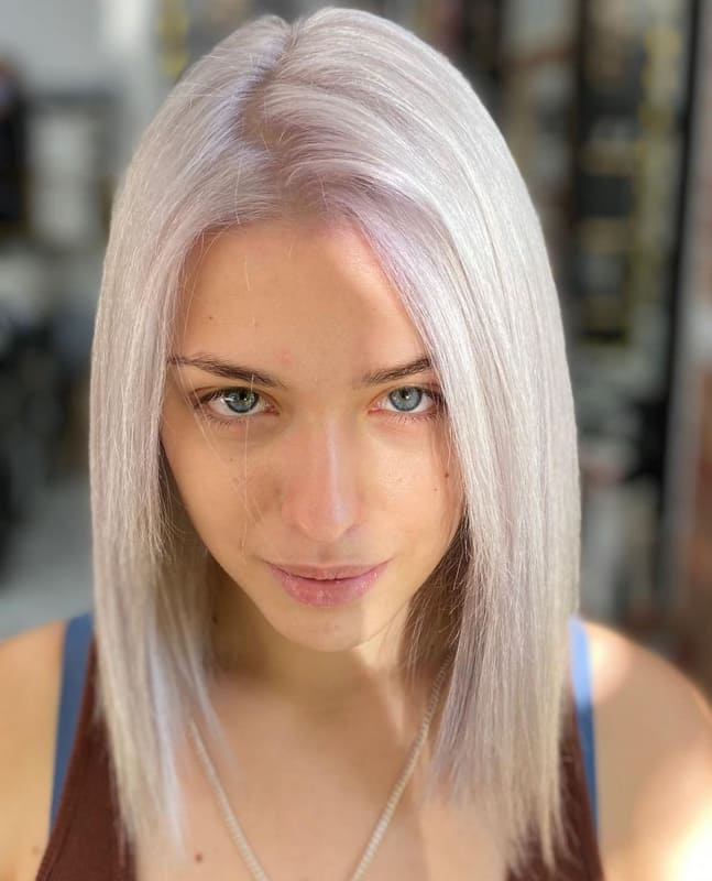 26 Lovely Silver Hair Tips And Ideas for Women 2022 (1)