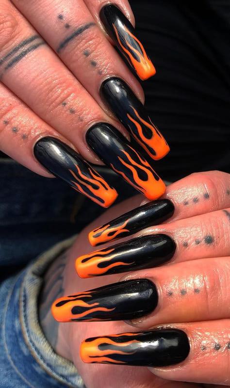 Black and orange coffin nails