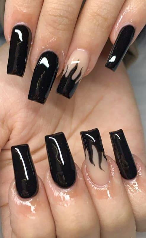 Black coffin gel nails
