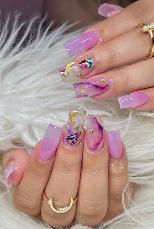 Long coffing pink and lavender nails