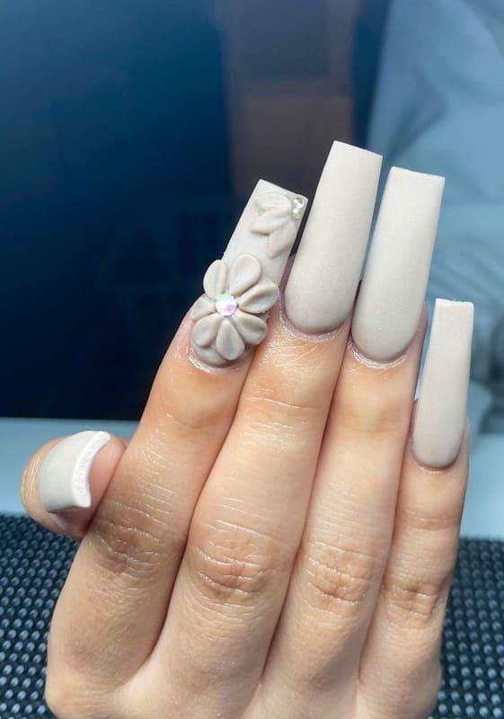 Matte coffin acrylic nails