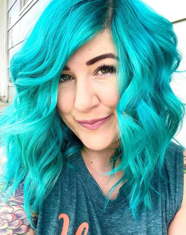 Medium teal blue hair