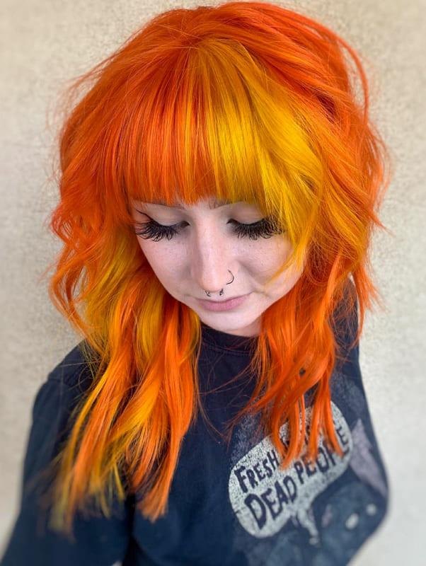 Medium wavy orange yellow hair