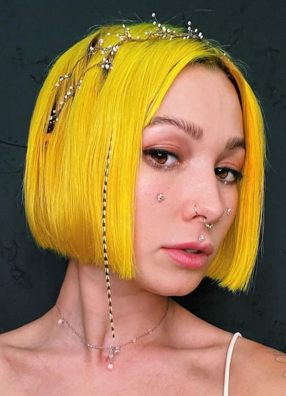Short bob yellow hair
