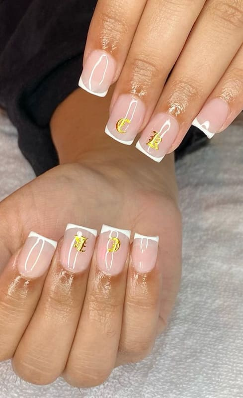 Short french tip nails