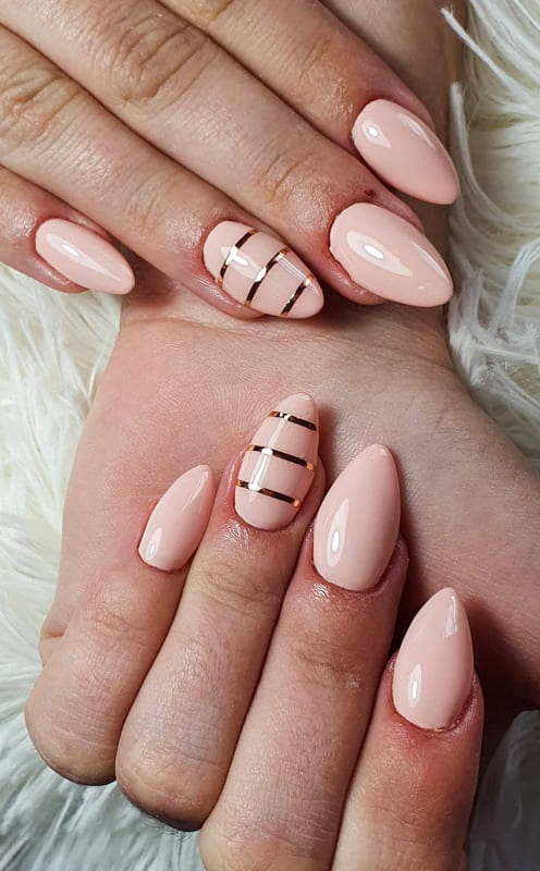 Short nude almond nails