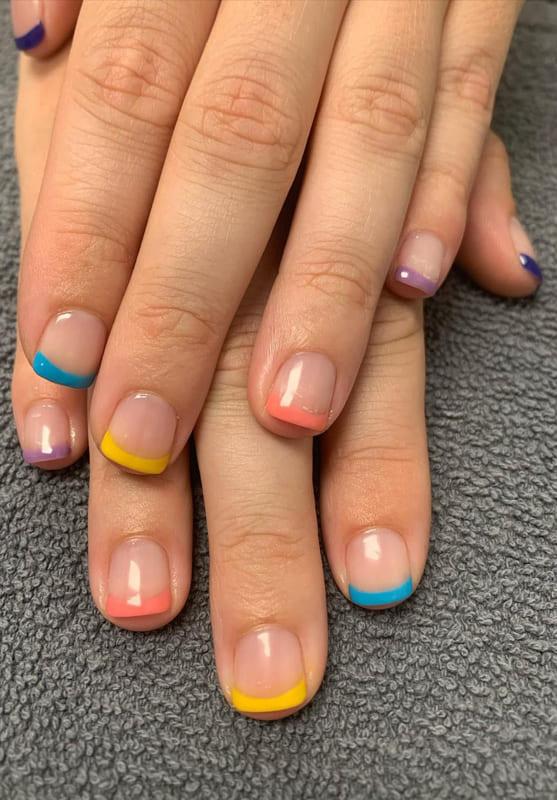 Short summer french nails
