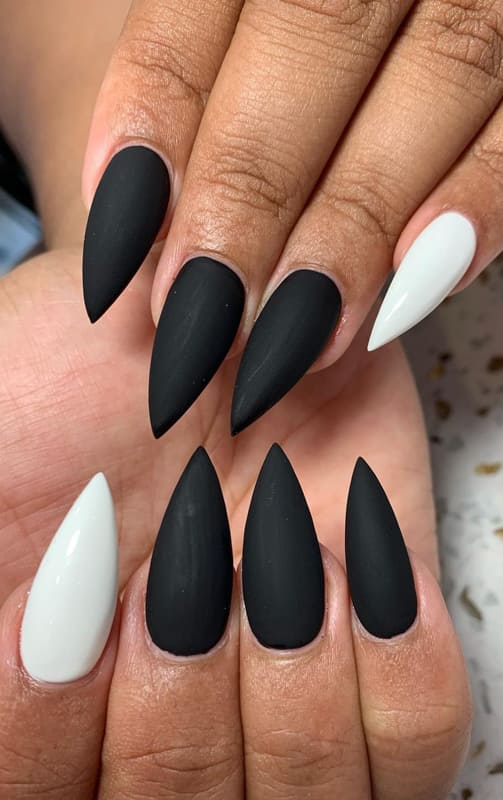 Stiletto black matte nails