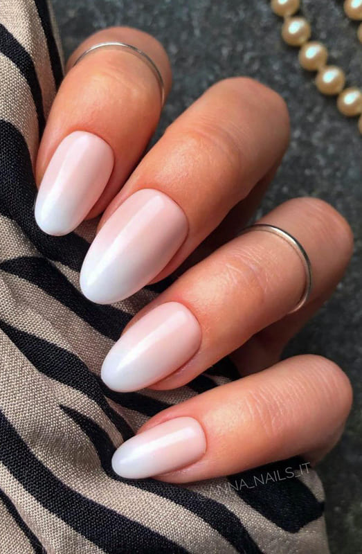 French white ombre nails